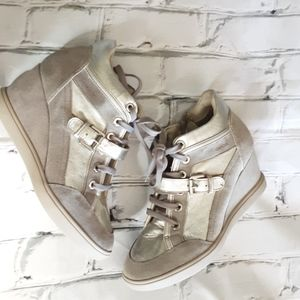 GEOX SILVER/GRAY LEATHER/SUEDE WEDGE SNEAKERS 37